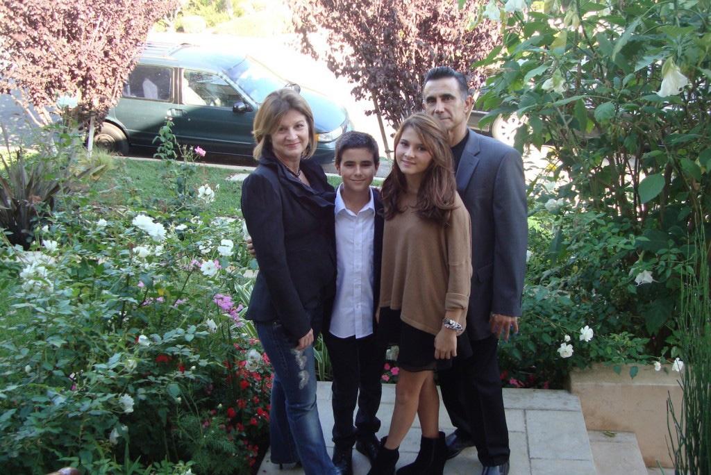 Cheryl-Family-Sequioa