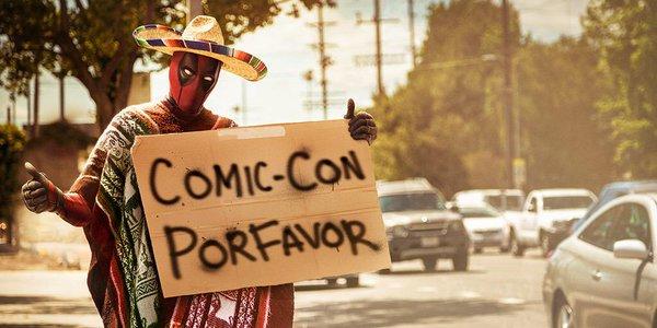 Comic Con Por Favor Photo Cred Ryan Reynolds.jpg