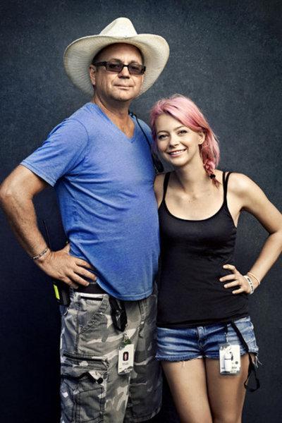 warped-roadies_with_Daughter_Sierra_-cred_poptower_.jpg - blog.lennd.com