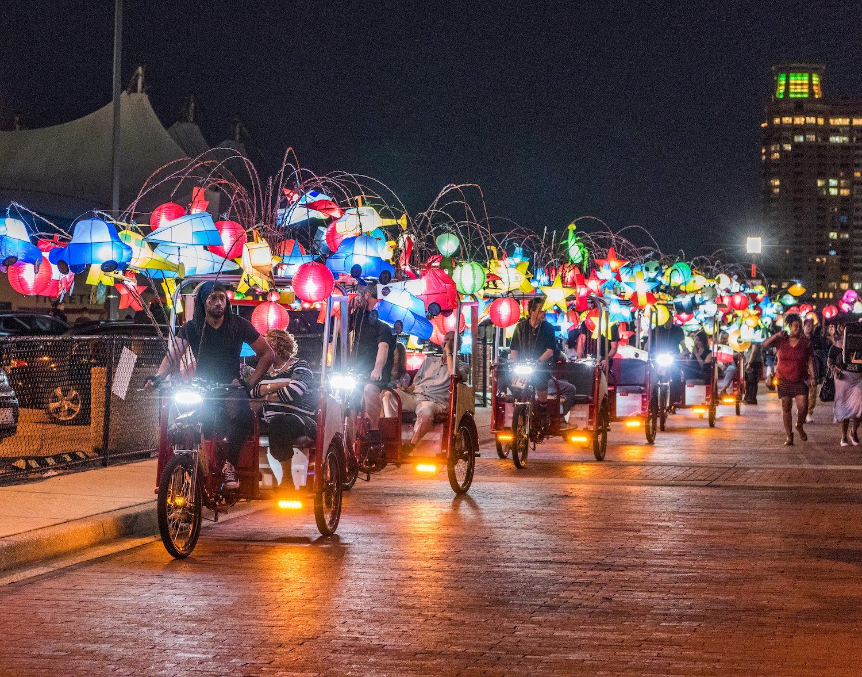 LightCity_FirefliesbyCai Guo-Qiang StudioandFung Collaboratives_  John R Talley Photography