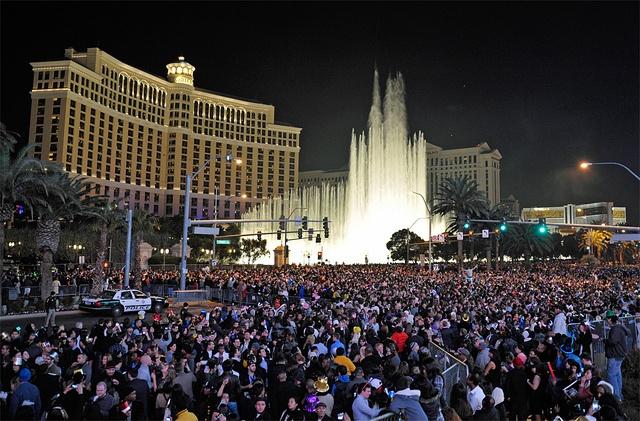 New-Years-Eve-on-the-Las-Vegas-Strip.jpg