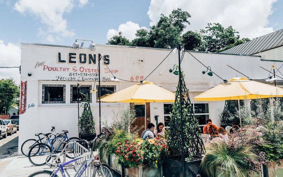 leons-oyster-shop-charleston-chs1215.jpg